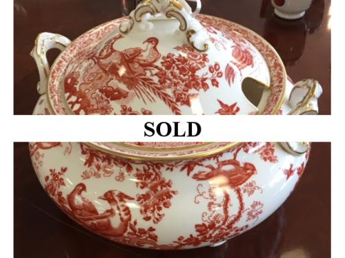 ROYAL CROWN DERBY SOUP TUREEN RED AVES $195
