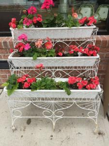 ENGLISH ANTIQUE TIERED PLANT STAND $395
