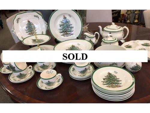 COLLECTION OF CHRISTMAS CHINA-SPODE  LOT $150