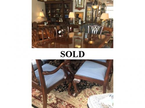 """SET MAHOGANY DOUBLE PEDESTAL DINING TABLE SATINWOOD BANDING W/ 8 CHAIRS 48""""W X 74""""L  - 2 LEAVES-22""""W $1995"""