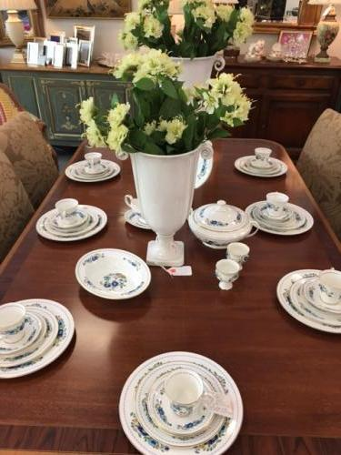 """AYNSLEY """"MARLENA"""" SERVICE FOR 8 PLUS SERVING PIECES"""