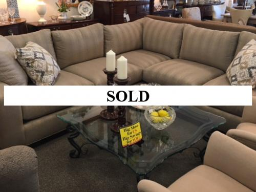 NEW LEE INDUSTRIES BEIGE/GRAY SECTIONAL SOFA RETAIL-$7050 NOW-$2716