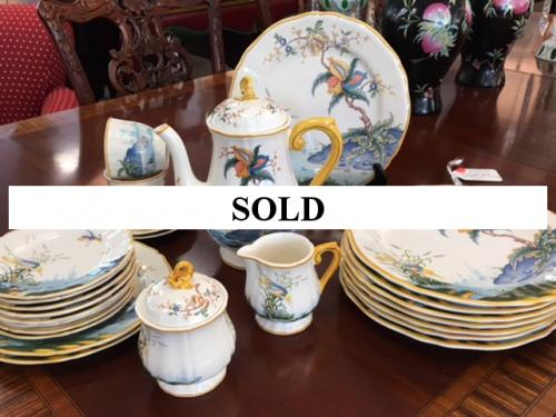 "COLLECTION OF GIEN ""CARAIBES"" CHINA $395"