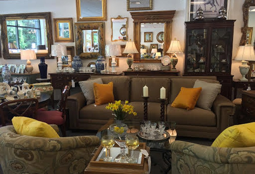 Estate Treasures Of Greenwich Consignment Store In