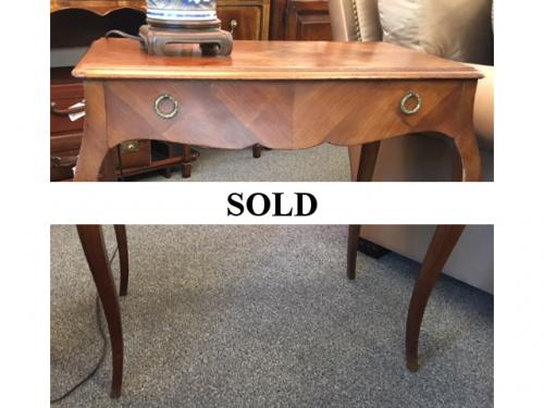 FRENCH STYLE SMALL SIDE TABLE $150