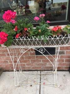 ENGLISH ANTIQUE PLANT STAND $295